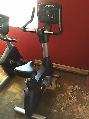 Life Fitness Activate Series Upright Bike Commercial Gym Equipment