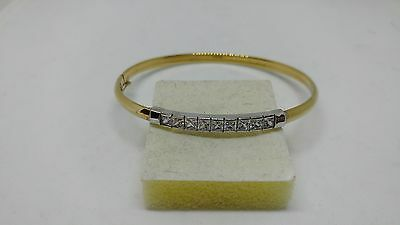 Lovely Ladies 9ct White and Yellow Gold Bangle-Bracelet