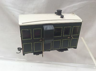 HOe NARROW GAUGE PECO KITBUILT & NIDIFIED PASSENGER COACH WITH FIGURES FITTED
