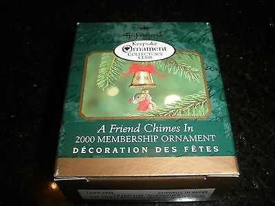 "Miniature Hallmark Ornament~""a Friend Chimes In"" ~2000~Nib~T8787"