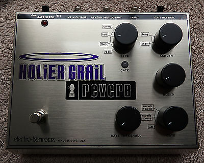 Electro Harmonix Holier Grail Reverb.Vintage reverb pedal in mint condition.