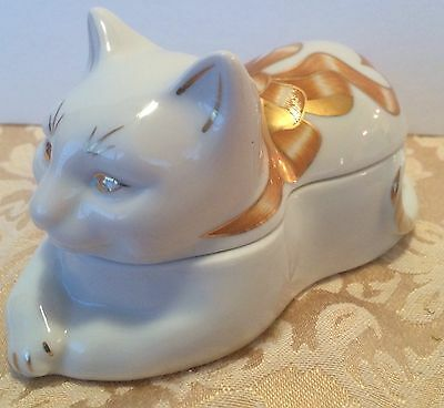 Cute Elizabeth Arden Cat Trinket Box