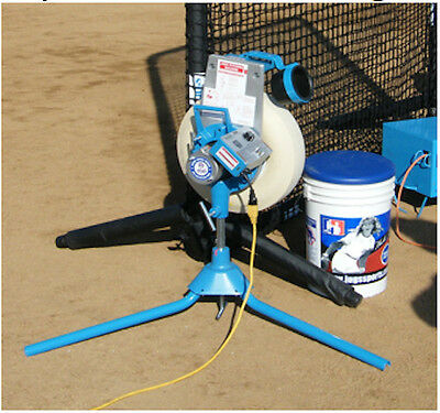 JUGS Super Softball Pitching Machine+ 3 FREE DVDs ($75.00 value) Fully Endorsed!