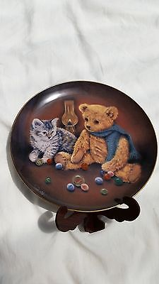 Vintage Signed 'Winning By a Whisker' Franklin Mint Bears/Cat Plate Collectable