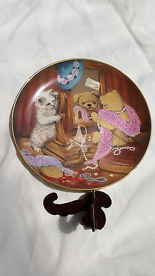 Vintage Signed 'Dressing for Dinner' Franklin Mint Bears/Cat Plate Collectable