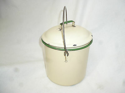VINTAGE SHINY CREAM & GREEN ENAMEL WARE CANISTER / BILLY CAN - 1940s kitchen