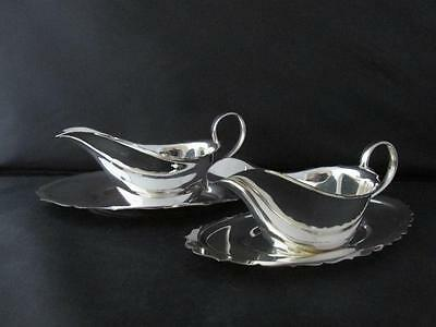 Vintage Silver Plated Pair Similar Gravy Sauce Boats With Dishes Angora & Apex