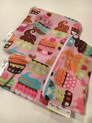 Itzy Ritzy Snack Happened Reusable Snack Bag Pink Cupcakes 3 pc set