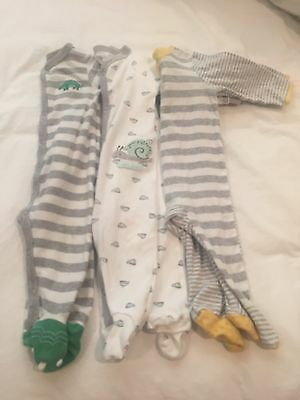 Pre-Owned Lot of 3  Unisex Footed Pajamas 9 months Gymboree/Carter's