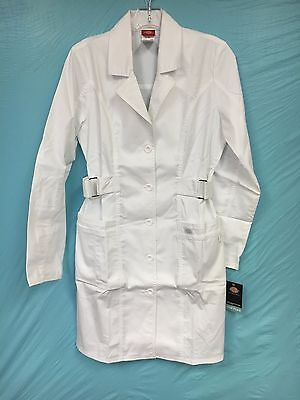 NWT Dickies Womans Medical Lab Coat Long Sleeve White SZ.XS