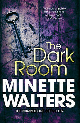 The Dark Room by Minette Walters (Paperback) New Book