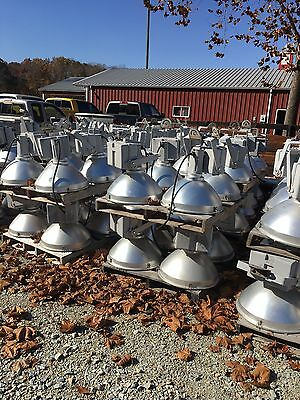 1500 Watt Metal Halide Sports Lights  277 Volts reduced price for large quantity