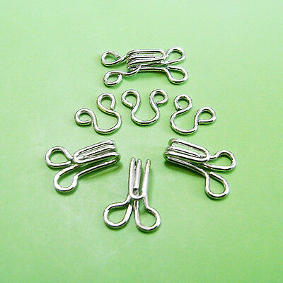 20 Hooks & Eyes Metal Hold Edges Repairs Waistbands Sew Notion Size 3 (L) Silver