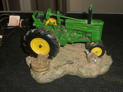 JOHN DEERE Tractor Table Light Lamp Resin w/ Shade