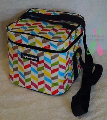 Tupperware Insulated Square Bag  (fits 4 small divided Sadnwich keepers)- New
