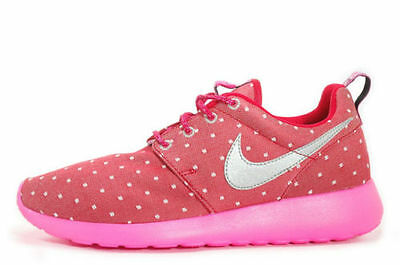 czech nike roshe youth pink bd8a0 c8947