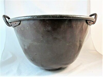 EARLY 19tH CENTURY COPPER COOKING POT WITH WROUGHT IRON HANDLES C1820'S