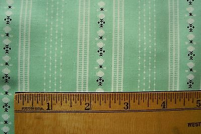 Vtg 1940's  Summer Green  Cotton Fabric For Antique Doll Dress Quilt
