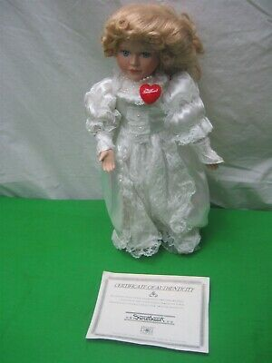 """Vintage 15"""" Sweetheart Dynasty Doll Collection Metal Stand Certificate Authentic"""