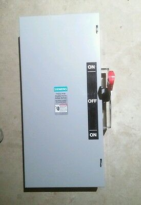 Siemens 60 Amp 240VAC Double Throw Safety Switch 3P  DTNF222 {2-D}