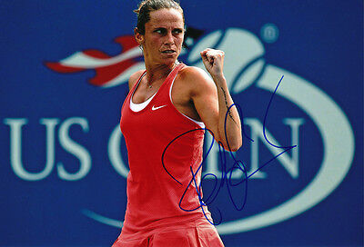 Roberta Vinci Signed 8X12 Inches Tennis Photo