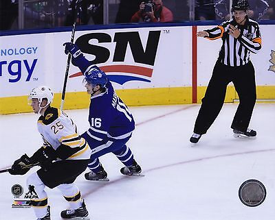 Toronto Maple Leafs 8x10 Picture Mitch Marner 1st Goal Picture NHL Hockey Photo