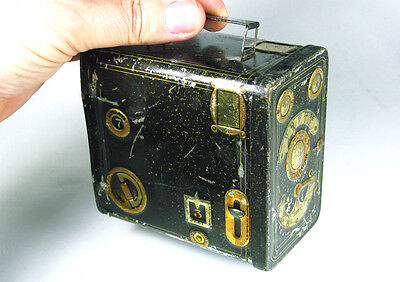 1910s Antique Sweets Biscuits Tin CAMERA MODEL HOUGHTON KLITO nr. 1 (1905-1919)