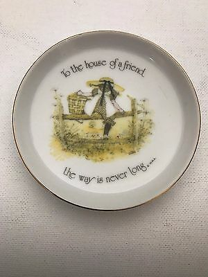 Holly Hobbie collectable trinket bowl To the house of a friend the way is never