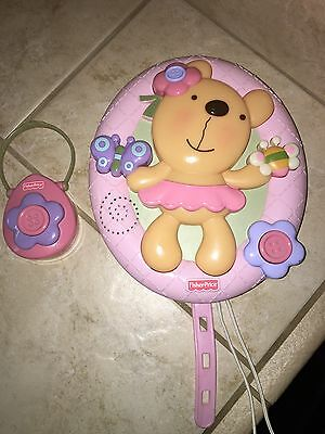 Fisher Price Baby Girl Pink Teddy Bear Crib Light Music Projection