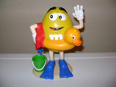M&M's YELLOW EUROPEAN m&m DISPENSER