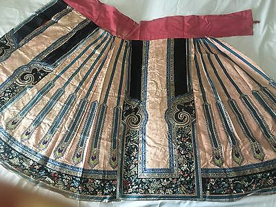 Antique Chinese Very Fine Woman's Skirt Robe Embroidered Butterflies ��