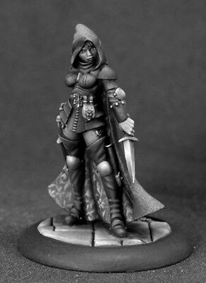 TARA THE SILENT - PATHFINDER REAPER miniature jdr rpg d&d assassin 01602 OOP