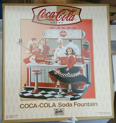 BRAND NEW Mattel Barbie Coca Cola Soda Fountain 26980-9993 Unopened RARE LE Nice
