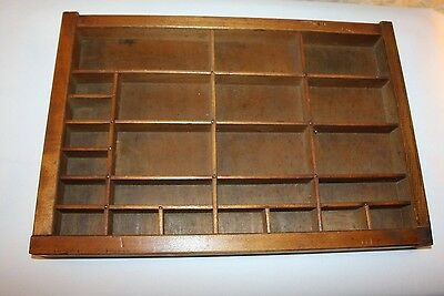 Nice older printers case/type tray-smaller size-nice patina!!!
