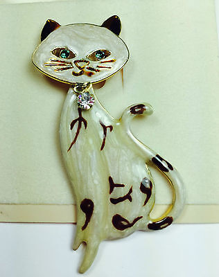 SIAMESE CAT PIN Painted Enamel Gold Plated Rhinestone Head Moves Carded NEW