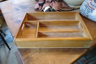 Vintage Finger-Jointed Flatware Silverware Utensil Tray Caddy Tote