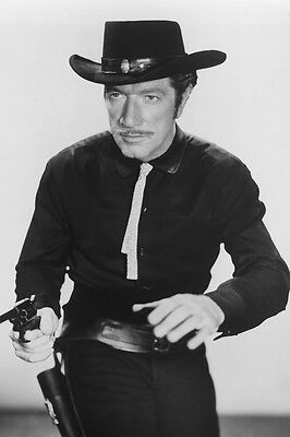 Richard Boone As Paladin Have Gun - Will Travel 11x17 Poster About To Fire Gun