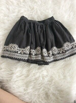 Girls Baby Gap Embroidered Skirt. Grey. Small 6-7 Years.