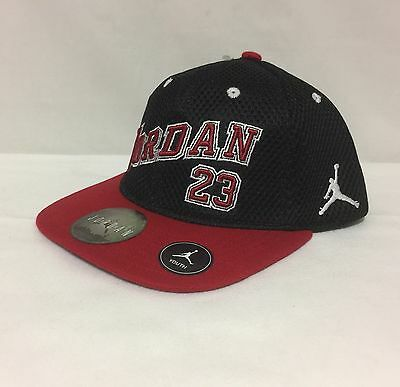 6affb5344ee NWT YOUTH NIKE Jordan Jumpman 23 Snap Back Cap Black red 8 20 ...