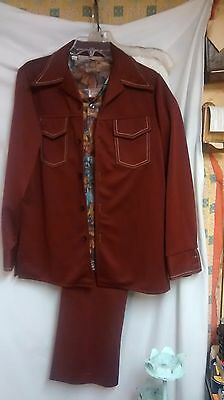 Vintage Orignial 1970's Men's Rust/Brown Leisure Suit with matching shirt