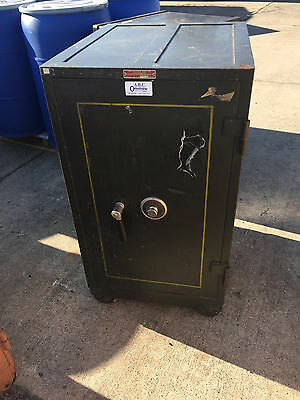 Black Mosler Fire Safe Locked Class T20 Burlary Class Fire B 2 Hour Fire Vintage