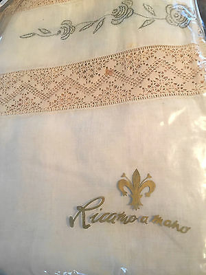 Vintage Ricamo a Mano Hand Embroidered Italian Linen Table Cloth & 12 Napkins