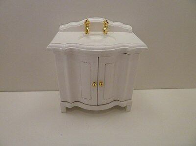Dolls House Miniature 1:12th Scale Bathroom Bedroom White Victorian Sink (T5306)