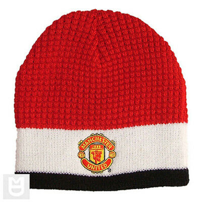 MANCHESTER UNITED Tri-Colour Embroidered Crest Beanie Hat