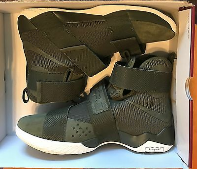 433c0f074f13d4 NIKE LEBRON SOLDIER 10 SFG LUX 911306-330  CARGO KHAKI OLIVE  NO BOX ...