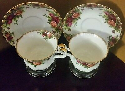Royal Albert Old Country Roses 2 Cup & Saucers England!