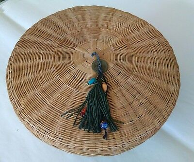 Vintage woven wicker round old sewing basket with lid cloisonne bead
