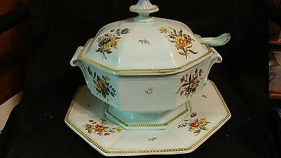 Very Large 4 piece Ceramic Tureen Centerpiece Hand Painted Italy w/ Underplate