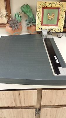 """BOSTON 26412 12"""" x 30""""  ROTARY TRIMMER PAPER CUTTER"""