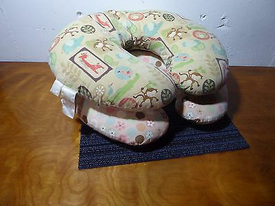 Lot of 2 Boppy Nursing Pillow, Baby Feeding, Infant Sitting, Covers and Pillows